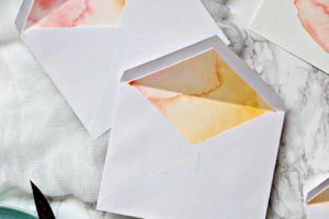 DIY WATERCOLOR ENVELOPE LINERS