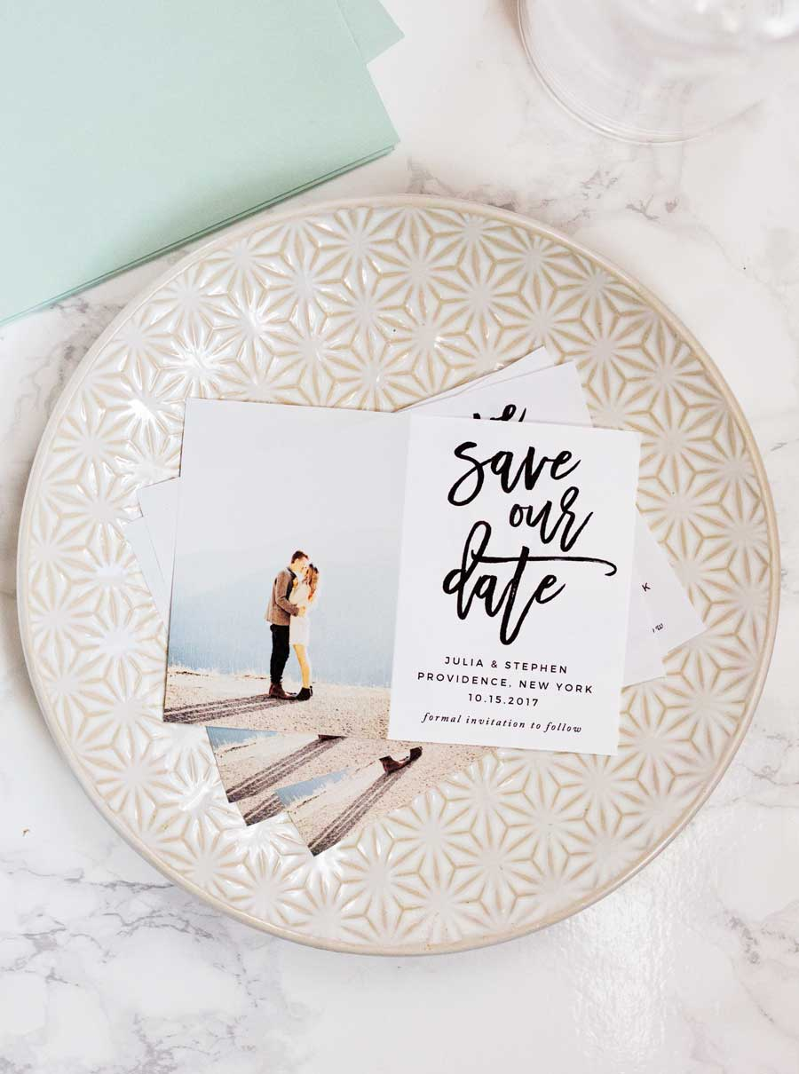 HOW TO MAKE YOUR OWN SAVE THE DATE MAGNETS PLUS A FREEBIE - Save the date magnet templates