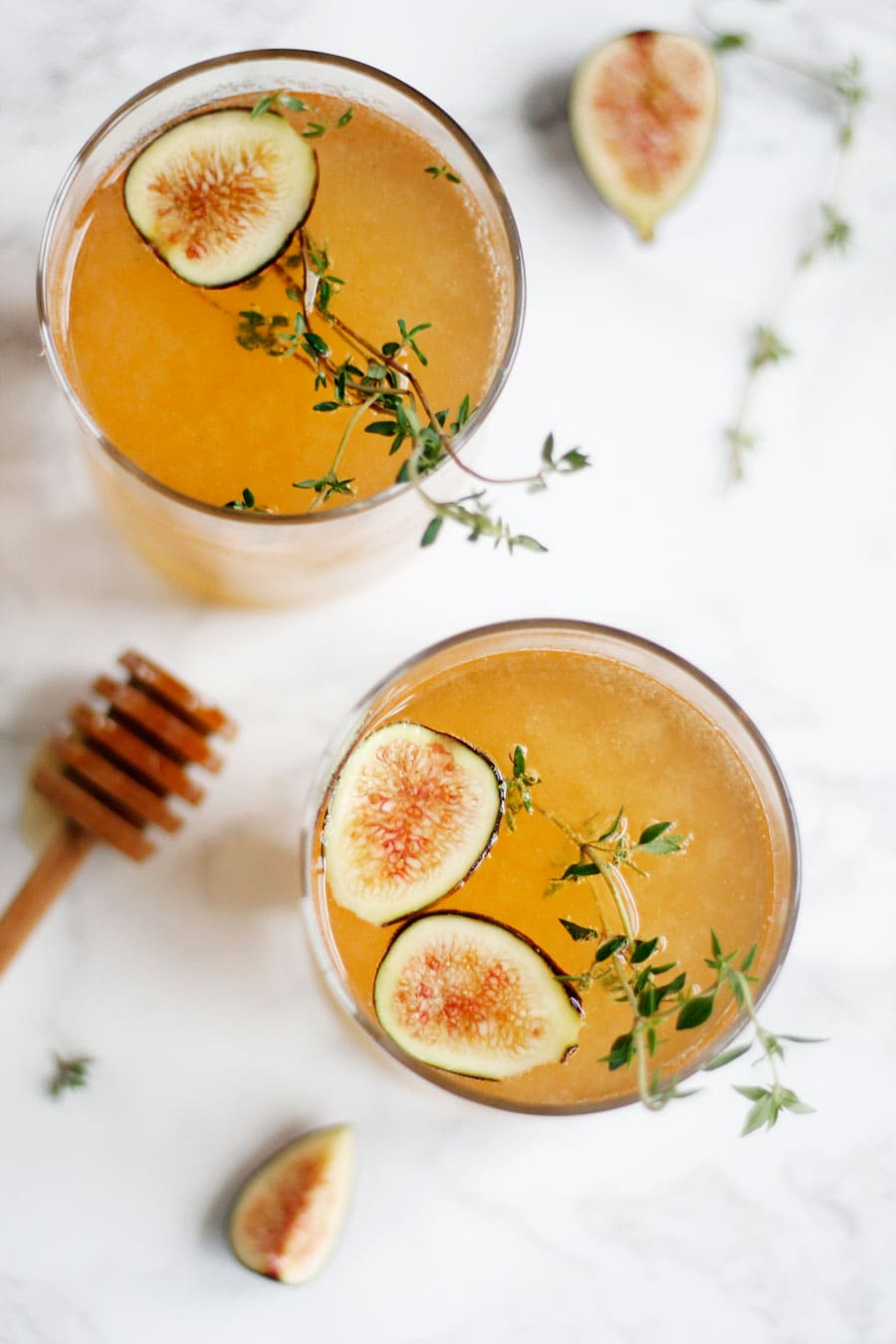 SPARKLING FIG THYME COCKTAIL