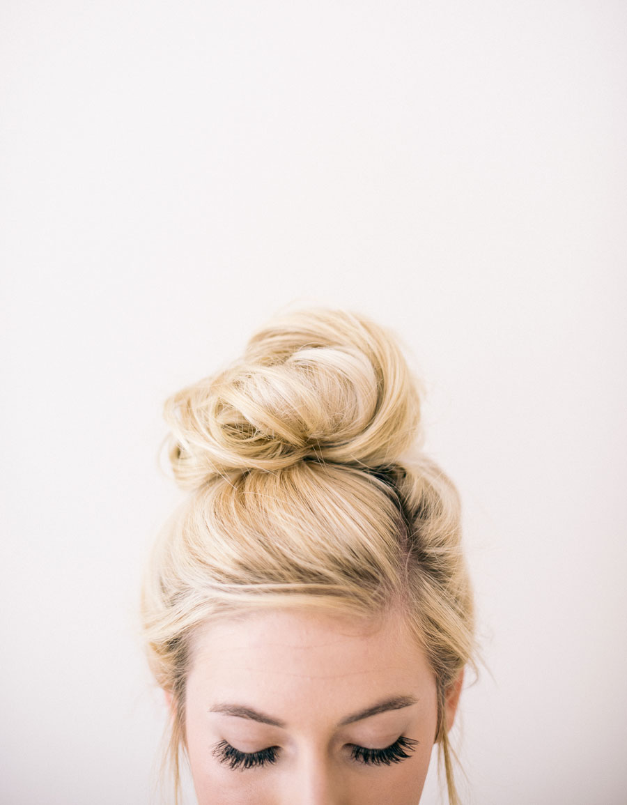 5 SUPER EASY WEDDING HAIRSTYLES YOU CAN DO YOURSELF | Pipkin Paper ...